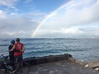 hawaii-bike-at-rainbow_r01